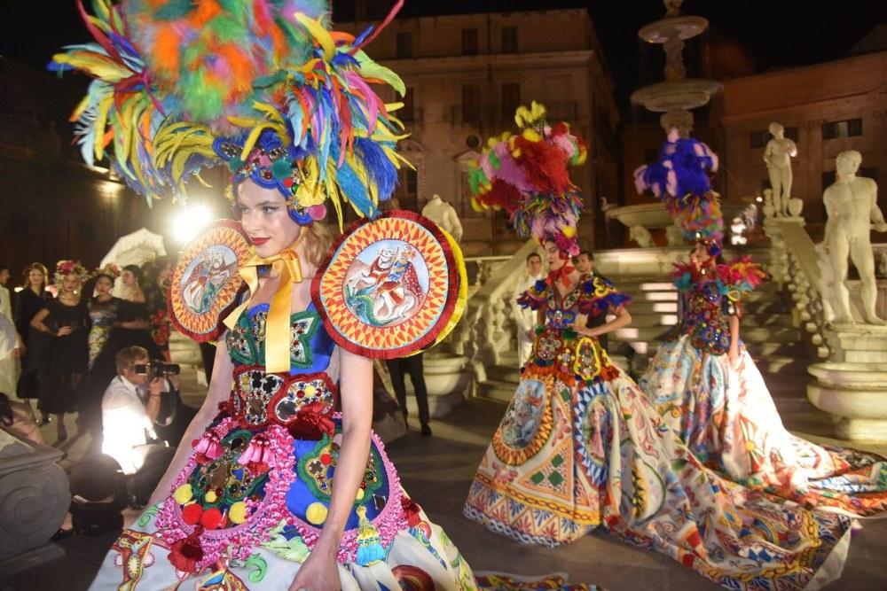 Dolce Gabanna Alta Moda Show Photo